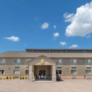 Hotels near Heartland Events Center - Super 8 Grand Island