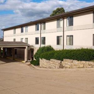 Codfish Hollow Barnstormers Hotels - Econo Lodge