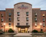 La Crosse Wisconsin Hotels - Candlewood Suites La Crosse