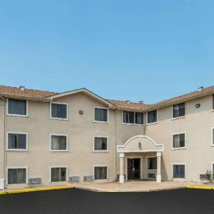 Super 8 Bridgeton/Arpt/St Louis Area MO, 63044