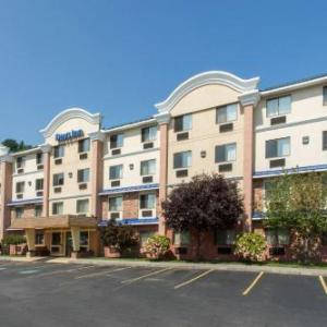 Halloween Costume World Hotels - Days Inn By Wyndham Leominster/fitchburg Area