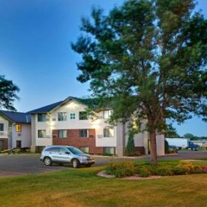 Hotels near Johnson Fine Arts Center - Super 8 East Aberdeen