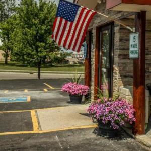 Hotels near Soo Pass Ranch - Americas Best Value Inn & Suites Detroit Lakes