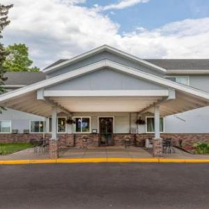 Super 8 by Wyndham Duluth