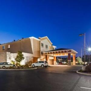 Hotels near Canfield Fairgrounds - Best Western Plus Boardman Inn & Suites