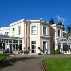 Kenton Theatre Henley-on-Thames Hotels - Phyllis Court Club