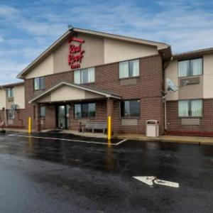 Hotels near The Palace Theatre Greensburg - Red Roof Inn Greensburg