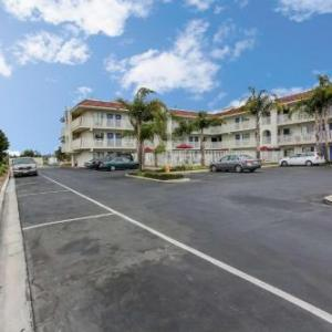 Henry J. Mello Center for the Performing Arts Hotels - Motel 6 Watsonville - Monterey Area