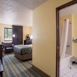 Super 8 Motel - Fredericksburg/Central Plz Area