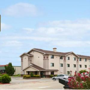 Super 8 By Wyndham Danville Va