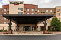 Courtyard by Marriott Chicago Schaumburg/Woodfield Mall Image