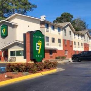 Grove Church Portsmouth Hotels - Super 8 Chesapeake