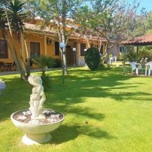 Book Now Memo's Affittacamere (Arborea, Italy). Rooms Available for all budgets. Situated in Arborea  11 km from Oristano Memo's Affittacamere features air-conditioned rooms and free private parking.The rooms are fitted with a flat-screen TV. Rooms come wi