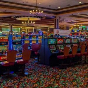 Hotels near Eagle Aerie Hall - Fiesta Henderson Casino Hotel