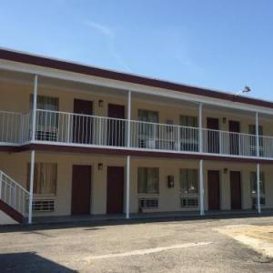 Fort Eustis Inn