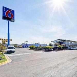 Motel 6 Laredo TX - South