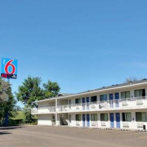 Hotels near Bismarck Event Center - Motel 6 Bismarck