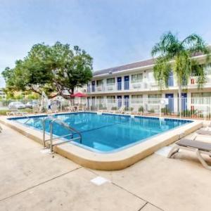 Motel 6 Venice FL