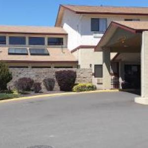 Hotels near Ellensburg Rodeo - Super 8 By Wyndham Ellensburg