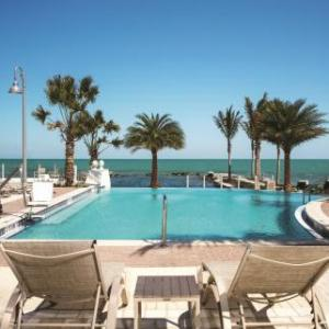 Marathon Key Hotels - Courtyard Marathon Florida Keys