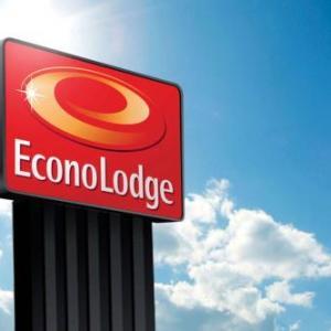 Foley Cultural Center Hotels - Red Roof Inn & Suites Vallejo