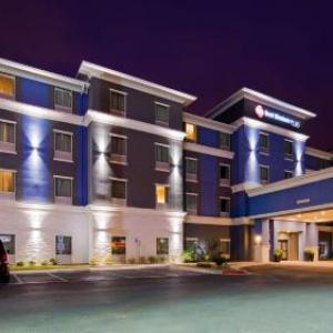 Laredo Civic Center Hotels - Best Western Plus Laredo Inn & Suites