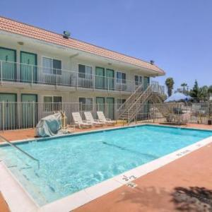 Motel 6 Los Angeles -Van Nuys/North Hills