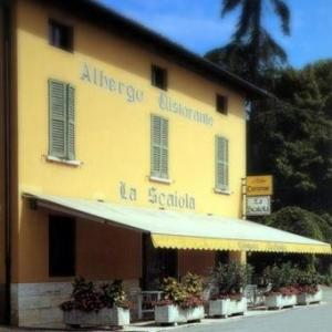 Book Now Albergo Ristorante La Scaiola (Nuvolera, Italy). Rooms Available for all budgets. Offering hospitality since 1843 La Scaiola is located 10 km from Brescia and 15 km from Lake Garda. The property includes a traditional restaurant and en suite rooms with free