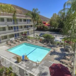 Hotels near Coussoulis Arena - Motel 6 San Bernardino North