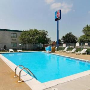 Merrillville High School Hotels - Motel 6 Merrillville
