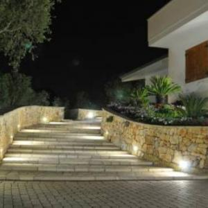 Book Now Holiday home Tridici (Ruffano, Italy). Rooms Available for all budgets. Situated in Ruffano in the Apulia Region this detached holiday home is 43 km from Lecce. The property boasts views of the garden and is 26 km from Gallipoli. Free private park