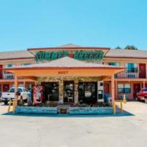 Club LaVela Hotels - Summer Breeze Motel