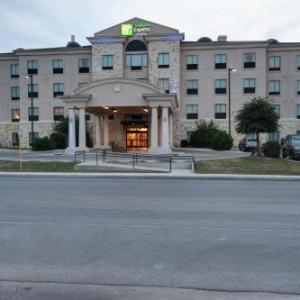 Holiday Inn Express And Suites Del Rio