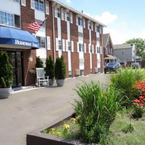 Hotels near Wonderland Ballroom Revere - Rodeway Inn Boston Logan Airport