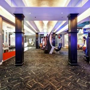 DoubleTree By Hilton Deadwood At Cadillac Jacks