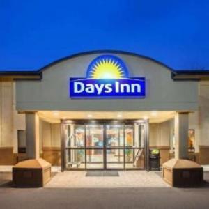 Days Inn by Wyndham Iselin / Woodbridge