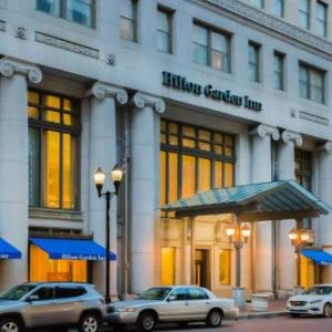 Hotels near Murat Egyptian Room - Hilton Garden Inn Indianapolis Downtown