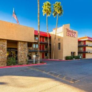 Travelers Inn -Phoenix