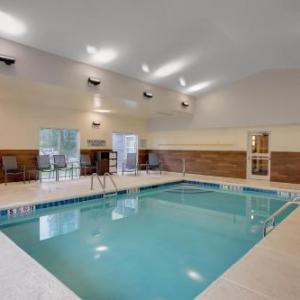Country Inn & Suites By Radisson Cortland Ny