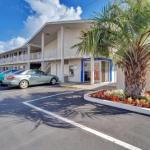 Motel 6 Santa Rosa South California