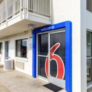 Motel 6 Redding Central