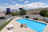 Motel 6 Albuquerque Midtown Image