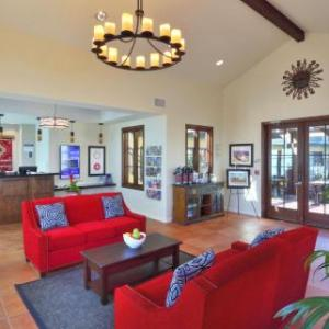 Cal Coast Credit Union Open Air Theatre Hotels - Best Western Lamplighter Inn & Suites At Sdsu