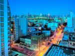 Astoria New York Hotels - Hotel Vetiver /Manhattan Skyline