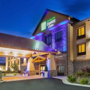 Hotels near Helena Civic Center - Holiday Inn Express and Suites Helena