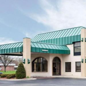 Hotels near Lafayette Square Mall - Quality Inn And Suites Indianapolis