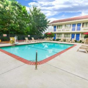 Walker County Fairgrounds Huntsville Hotels - Motel 6-Huntsville TX