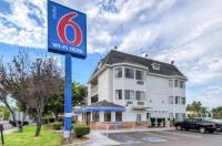 Motel 6 Escondido Image