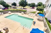 Motel 6 Dallas Lewisville