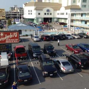 Thunderbird Beach Motel